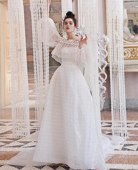 3a5267c3bb1c Vendita abiti da sposa Elisabetta Polignano collezione